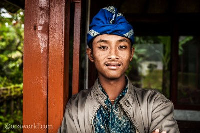 Ulun Danu Bratan Temple Security Portrait Bali photo Ooaworld