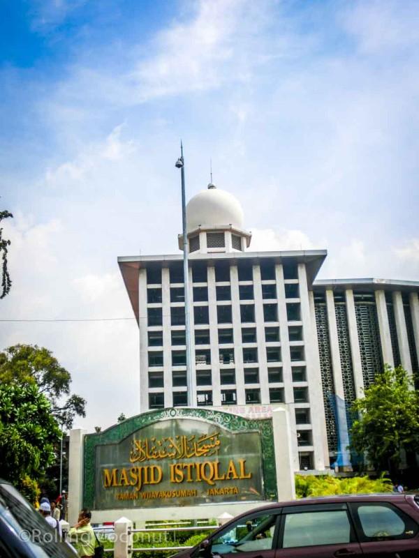Istiqlal Mosque Jakarta Indonesia Photo Ooaworld