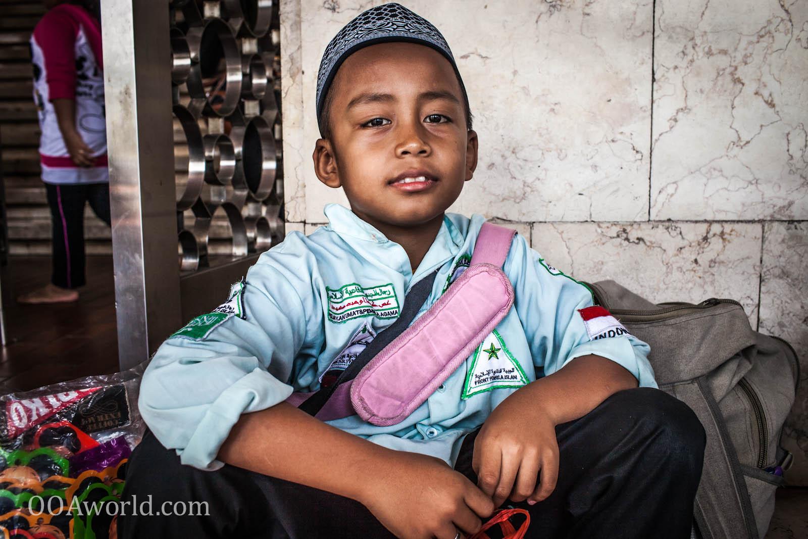 Masjid Istiqlal Mosque Boy Portrait Photo Ooaworld