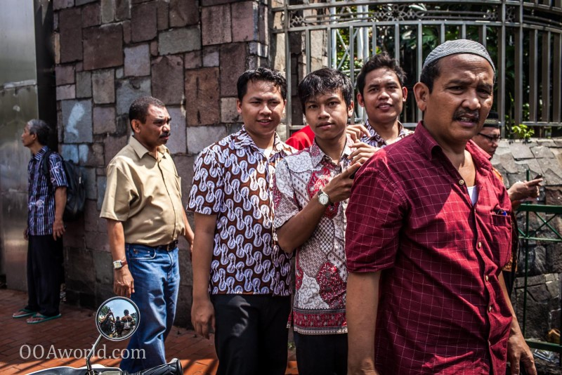Muslim Worshippers Jakarta Indonesia Photo Ooaworld