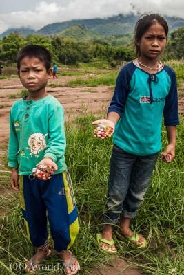 Working Children Laos Photo Ooaworld