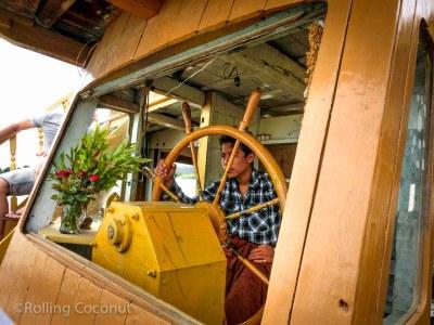 Boat Captain Mingun Mandalay Myanmar Photo Ooaworld