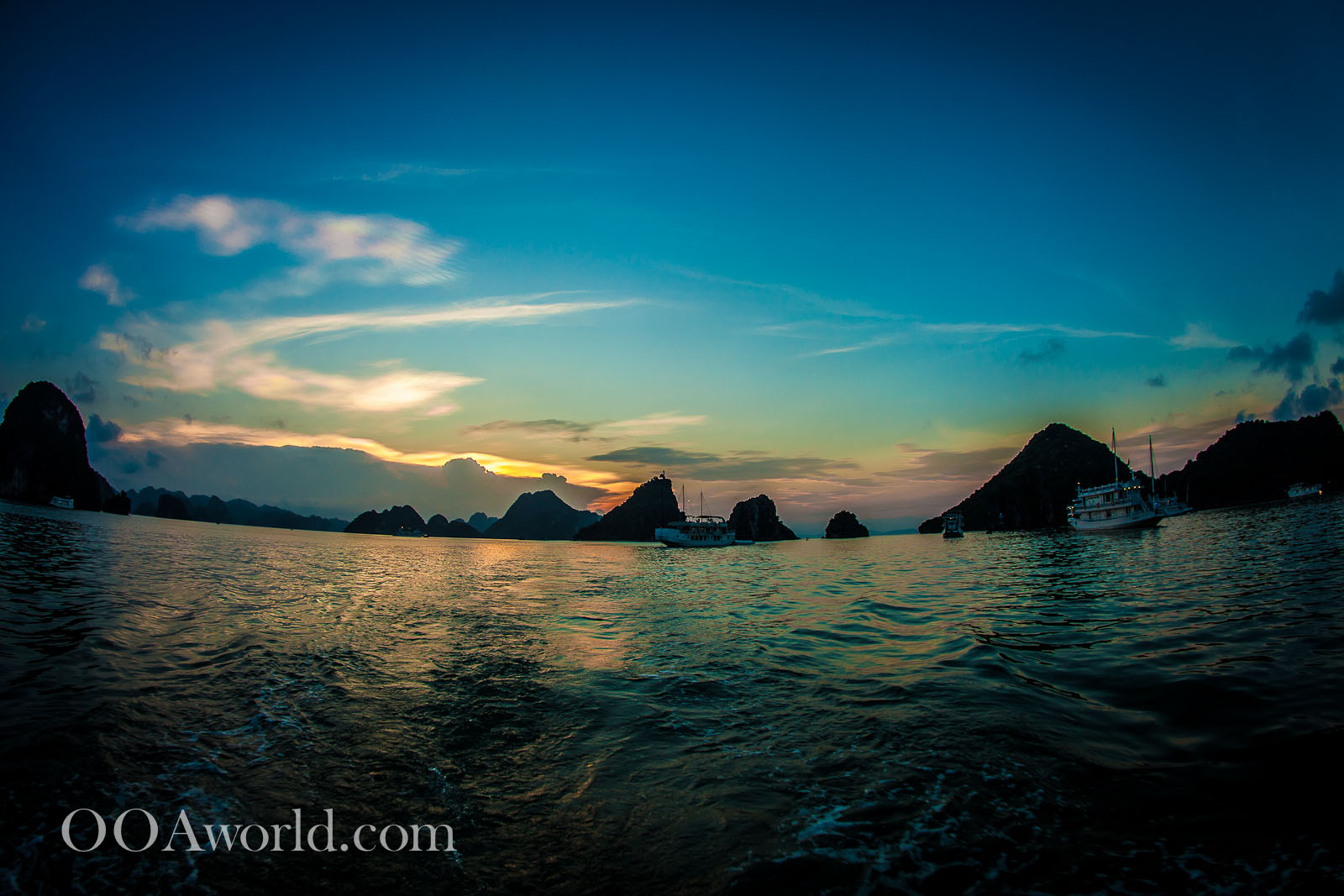 Ha Long Bay Sunset Green Photo Ooaworld