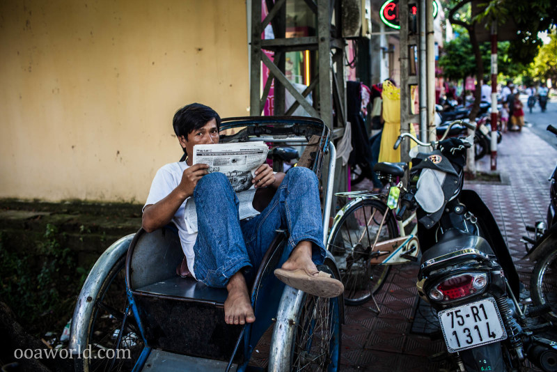Newspaper Reader Hue Vietnam Photo Ooaworld