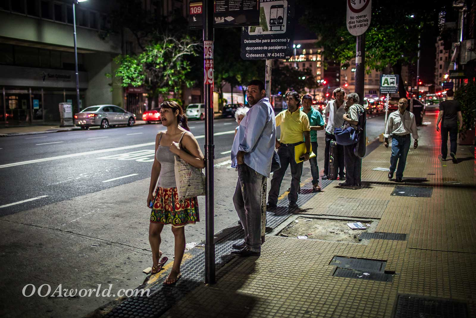 Buenos Aires Bus Line Photo Ooaworld