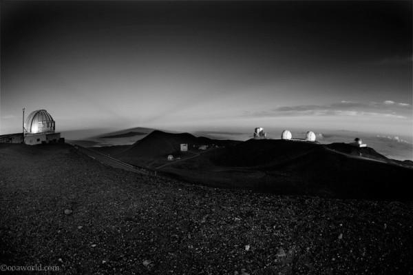 Photos Hawaii Maune Kea Observatory at dawn 14,000 feet