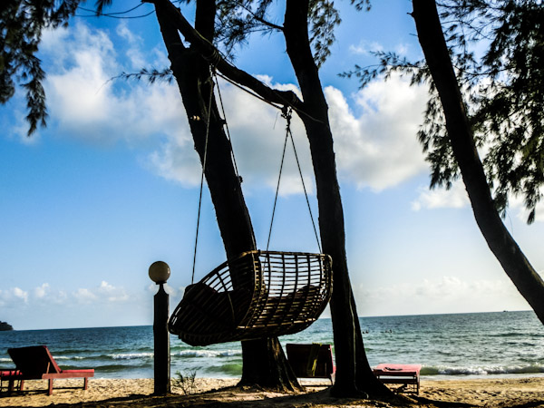 lounge chair otres beach sihanoukville