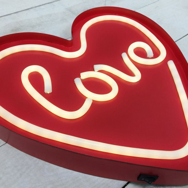 "Red Neon Valentine' Day Heart ""love"" Lighted Sign"