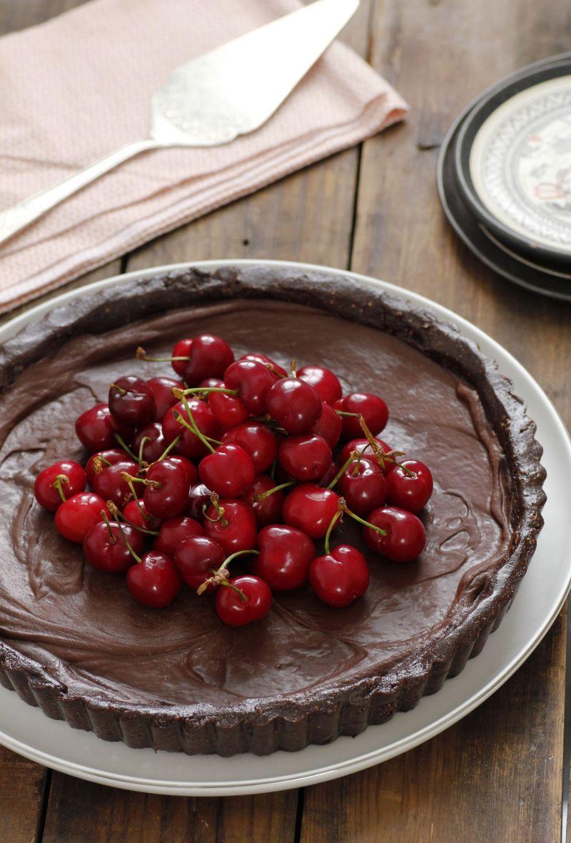 פאי שוקולד ודובדבנים טבעוני