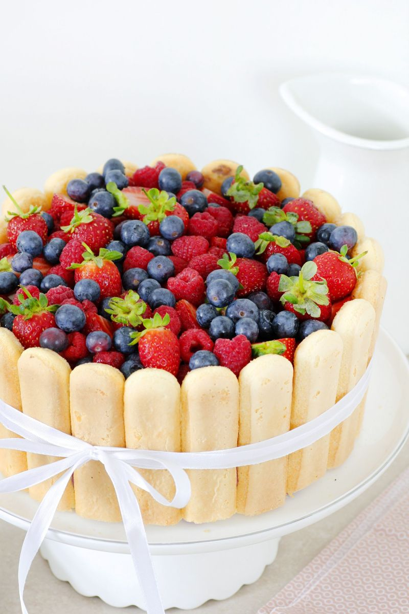 עוגת שארלוט שוקולד, פירות יער ווניל
