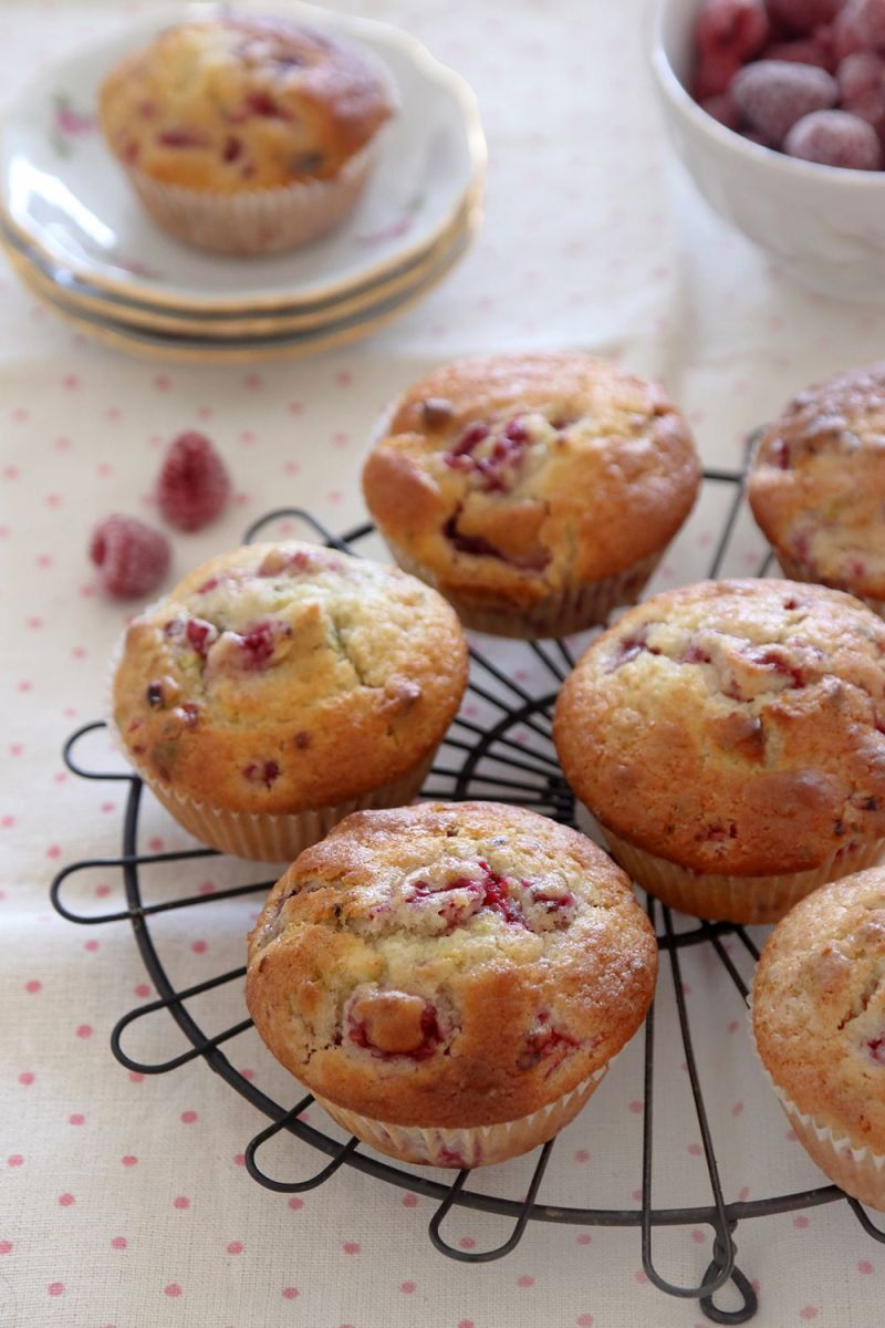 Pistachio Raspberry Muffins