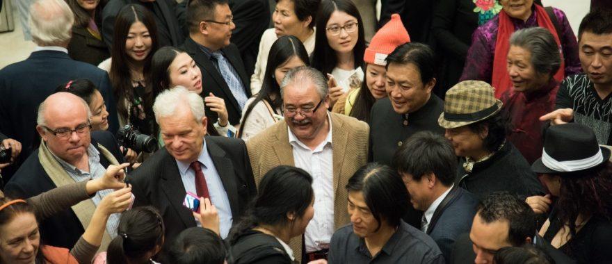 Exposition d'art franco-chinois co-organisée par Cap Cultures au Carrousel du Louvre en présence de Patrick Septiers, Président de la Communauté de communes de Seine et Loing partenaire de l'événement, octobre 2015.