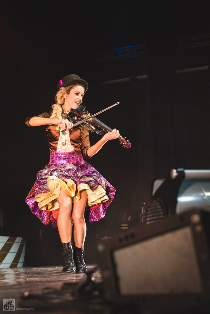 Lindsey Stirling's Warmer in the Winter Christmas Tour @ Cobb Energy Centre