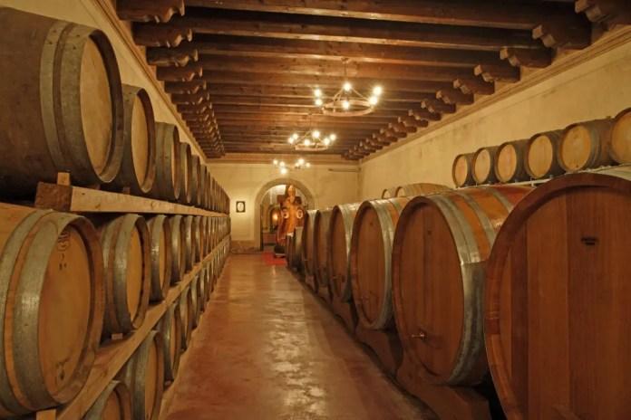 Tenute-La-Montina_Barricaia-1024x682