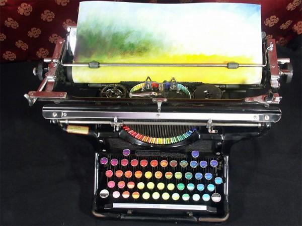 macchina da scrivere arcobaleno