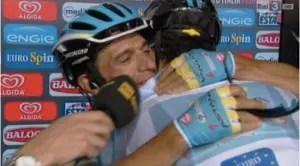 12853_650_320_dy_Giro_dItalia_Tiralongo_vince_nona_tappa_Aru_strappa_un_secondo_a_Contador