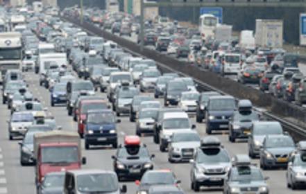 Staudurchfahrung für Motorräder per Gesetzesänderung legalisieren