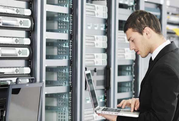 Engineer-Working-on-Network-server-room