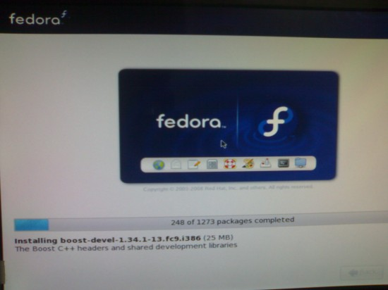 Figure 4: Fedora 9 installation in progress