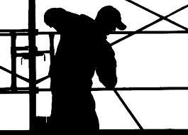 """Caro Operai Contro, record di lavoro nero e irregolare nei cantieri dell'Emilia-Romagna. """"E attenzione al caporalato mafioso"""", lo segnala la Cgil in un articolo sulla """"Gazzetta di Modena"""". Mentre Renzi da la caccia agli introvabili evasori, la ex regione rossa si scopre essere regina del lavoro nero. Mentre Renzi parla di tutele crescenti, col Jobs act legalizza il lavoro precario abolendo l'art. 18. Saluti da un lettore. L'articolo della Gazzetta di Modena. I dati aggiornati all'1 ottobre 2014 riportano una media del 52% di irregolarità riscontrate a livello regionale. In provincia di Modena, ad esempio, va però peggio con […]"""