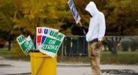 Dopo 40 giorni di sciopero gli operai valutano i risultati, quasi il 50% vota NO. Il malcontento nei confronti degli azionisti di GM e dei capi sindacali della UAW si manifesta forte. La necessità di un nuovo sindacalismo operaio è nei fatti. Facebook Comments