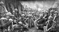Ogni anno il 4 novembre festeggiano la vittoria dell'Italia nella prima guerra mondiale. Hanno interesse a presentare la storia come conviene a loro, padroni e borghesi.