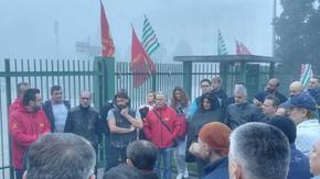 Tre settimane fa pubblicammo la notizia di uno sciopero ad oltranza contro i licenziamenti per rappresaglia alla fonderia ex Anselmi di Padova. Anche i provinciali di Fiom-Fim-Uilm sembravano decisi a sostenere la lotta fino alla reintegrazione, non è andata così.
