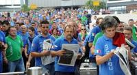 Un operaio della Fiat di Cassino riferisce sul tentativo dell'azienda di abolire la mezzora di pausa mensa a fine turno per recuperare  la produzione. Spremuti fino all'osso.