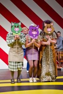 Tre små grisar familjeopera på Wermland Opera