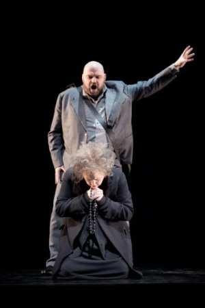 La Gioconda på Malmö Opera med balett och Fellini-miljö
