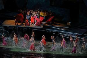 Carmen en spektakulär operaupplevelse