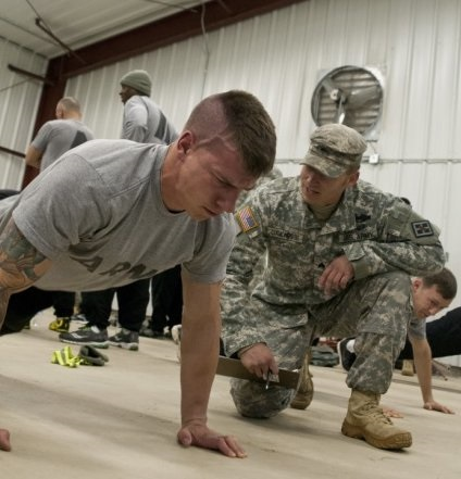 An Army recruit taking the PFT test