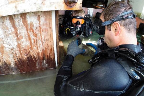 navy underwater construction team