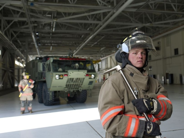 us army firefighter