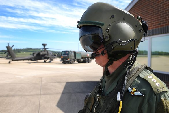 army helicopter pilot vision requirements