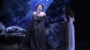 """Diana Damrau singing """"Die Hölle Rache"""" (again, not at Portland Opera)"""