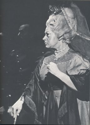RESNIK AS COUNTESS