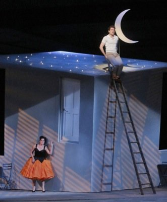 DON PASQUALE CRESCENT MOON (400)