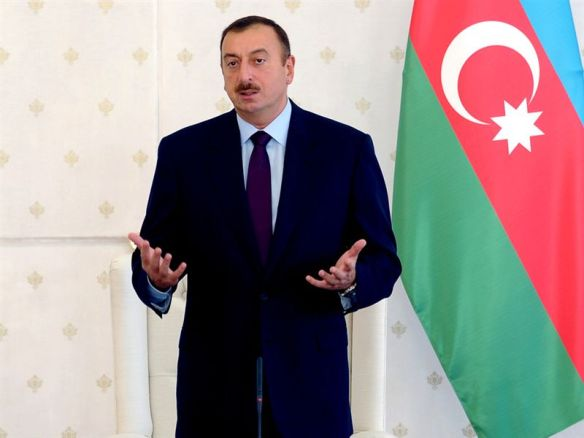 Is Azerbaijani President Ilham Aliyev weighing his options for gas exports