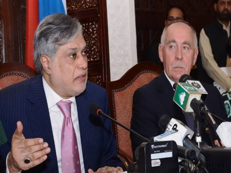 pakistan-russia-resolve-20-year-old-trade-disputes-1448057523-7507