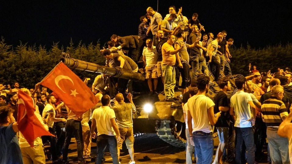 576524754-turkey-military-coup-tank-crowd