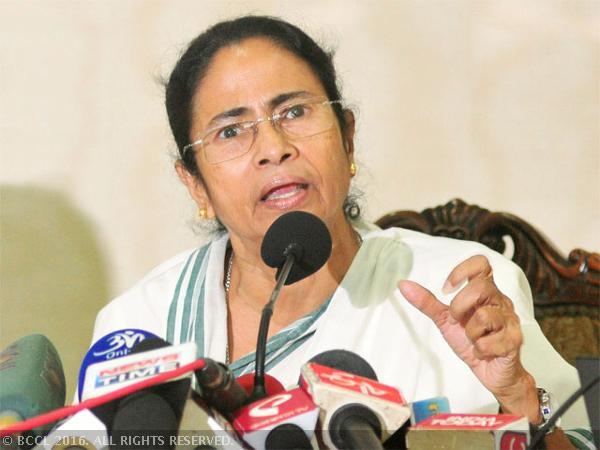 Aeroplane hovers due to traffic congestion, TMC claims conspiracy to kill Mamata Banerjee