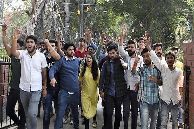 ABVP tries to match intolerance of leftists, force college to withdraw invitation