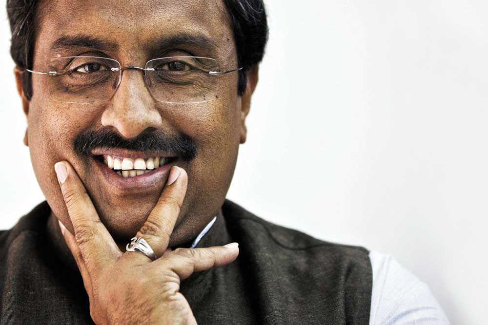 Congress's recipe for Hugplomacy goes awry, Ram Madhav gives a befitting reply