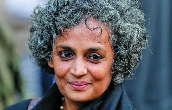Arundhati Roy notorious for spreading Fake News, funds an alleged fact checking website