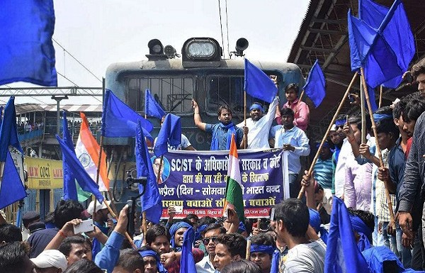 MP cop who allegedly participated in violent Dalit protests and uprooted a rail track, gets arrested
