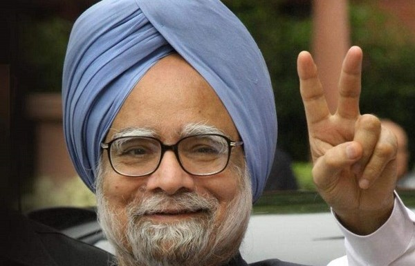 Congress left firefighting over reports of Manmohan Singh opposing its impeachment motion