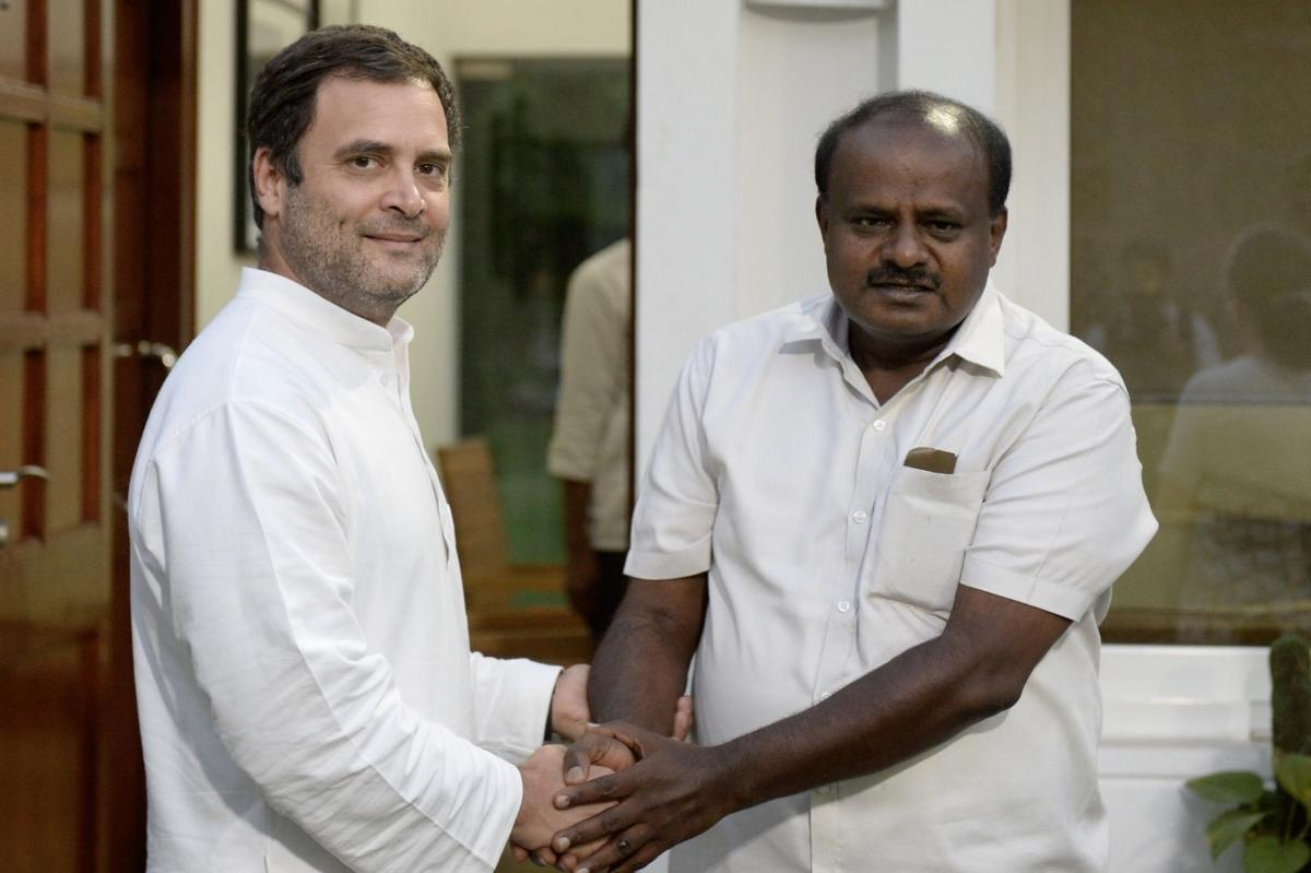 Debt ridden farmers receive recovery notices in Karnataka even as Rahul Gandhi claims state had waived farmer loans