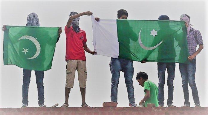 Pakistani flag in Kashmir