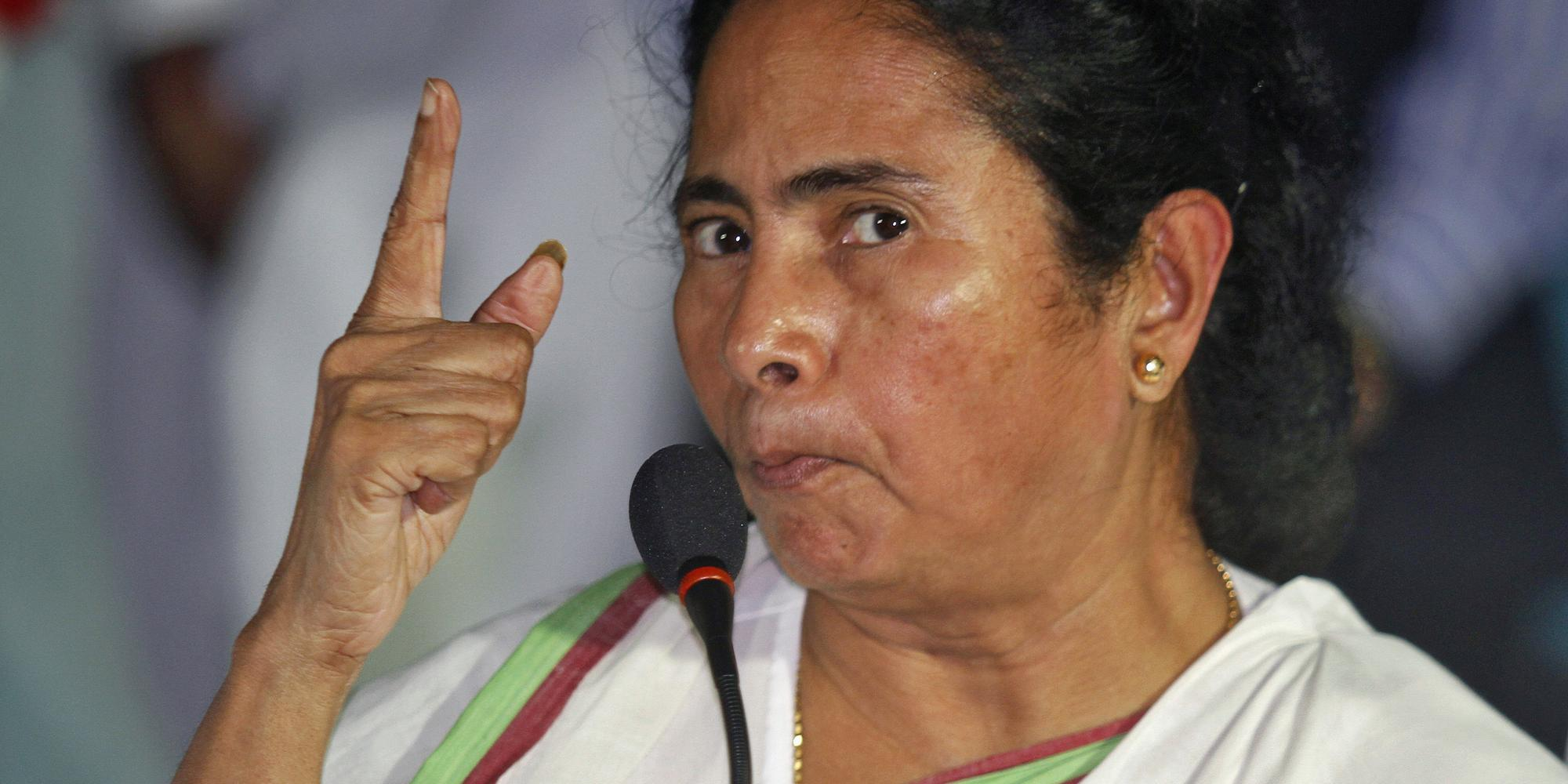 Mamata vs Doctors: Mamata Banerjee won't back down, reiterates that protesting doctors are outsiders - Opindia News